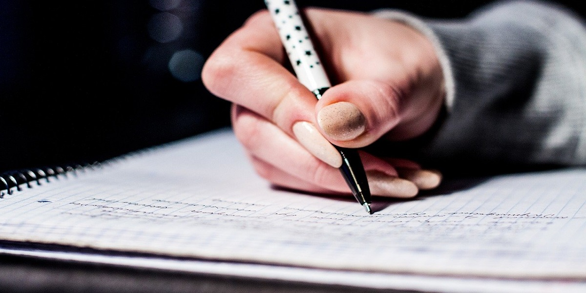 Read more about the article 5 Ways to Improve Grammar and Sentence Structure in Dissertation Writing